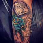 rose tattoo - diamond tattoo - suku suku tatau